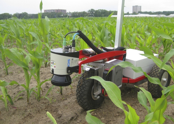 Crop robot with 2D Laser Scanner