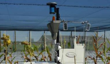 agricultural robot HeliPhen tends to its plants