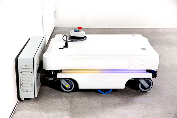 Small automated guided cart (AGC) with SICK safety sensor S300