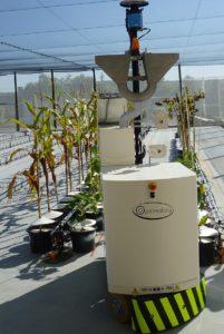 agricultural robot, Agricultural Robot Cares For 1,500 Plants