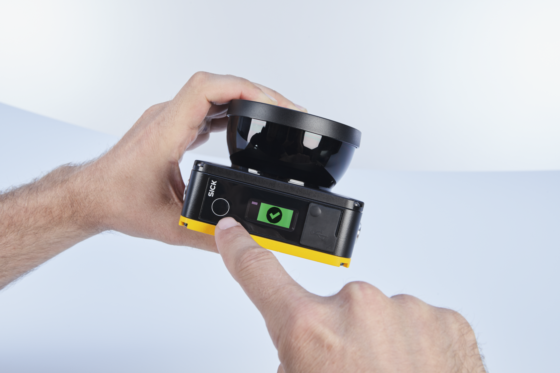 smallest safety laser scanner, nanoScan3 awarded Innovation Award from Robotics Business Review
