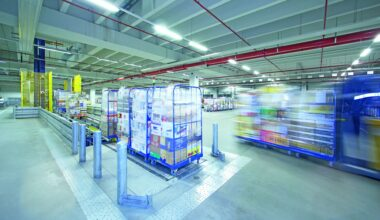 tote picking, Five Applications for Intelligent Sensors in the Retail Industry – Part 4