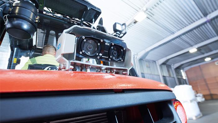 driver assistance system, Camera system reduces risk of collision for manned forklift trucks