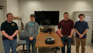 TiM$10K Challenge, Servotron: a robot made for the service industry