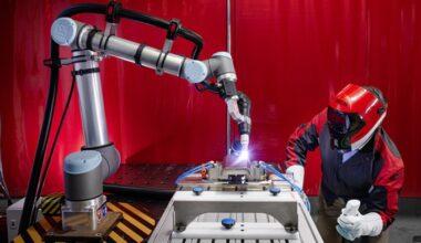 cobot solution, Safe and fast: nanoScan3 makes cobot welding even more efficient